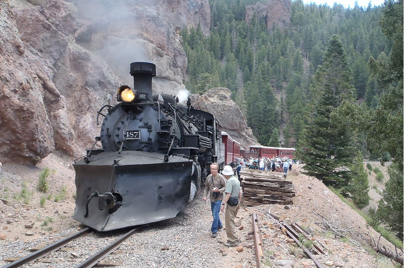 geology-train-slideshow-1